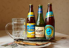 Потребление пива: украинцам хватает денег только на дешевое пиво