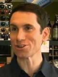 Даниэль Китон - изобретатель пива для собак