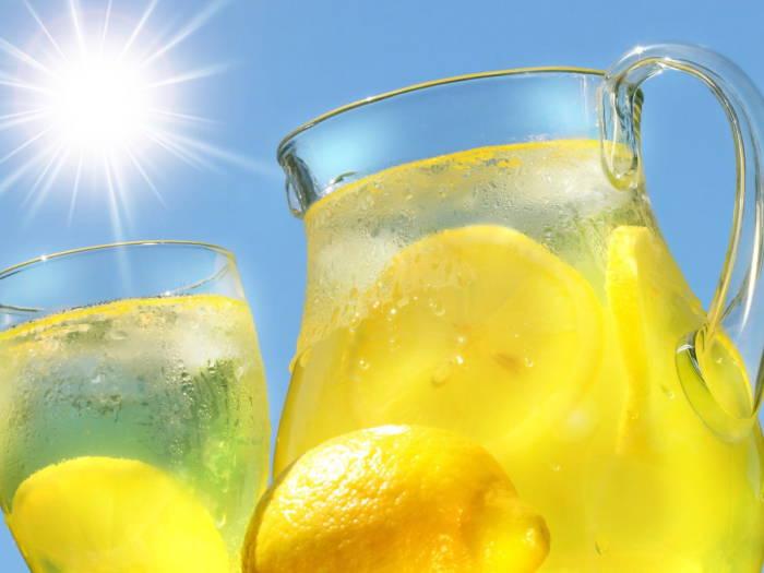1375250360_domashnij-limonad