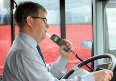 Во Франции все междугородние автобусы снабдят алкозамками