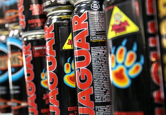 Регионы России получат право запрещать алкогольные энергетики