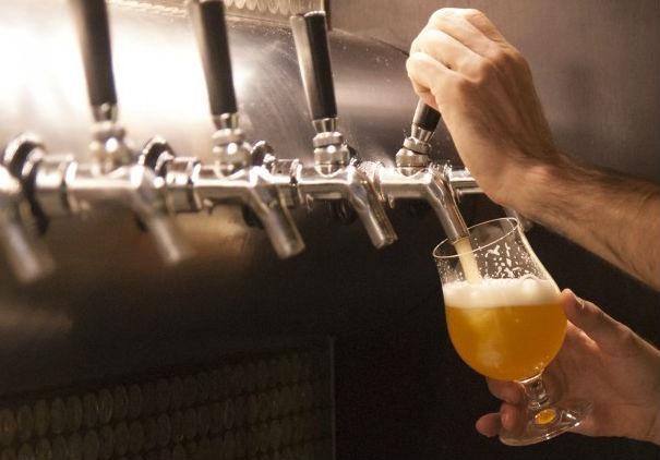 Впервые с 2007 года российский рынок пива показал неуверенный рост