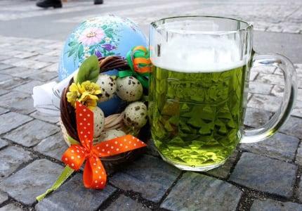 Пасхальное зеленое пиво