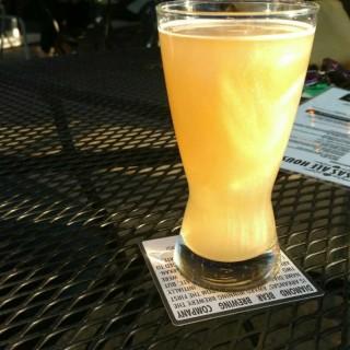 "Пиво ""Пот стриптизера"""