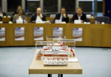 V ES otslezhivanie dvizheniya tabachnyih izdeliy po tsepi postavok (Track & Trace) reglamentiruetsya statey 15 Direktivyi 201440ES