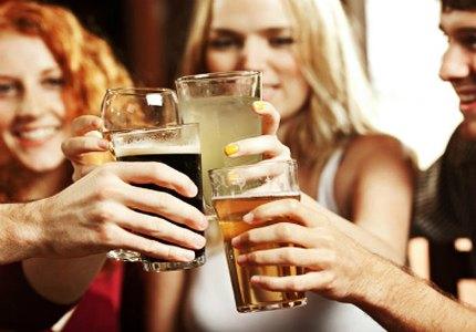 Аппарат для розлива пива в стаканы с дна