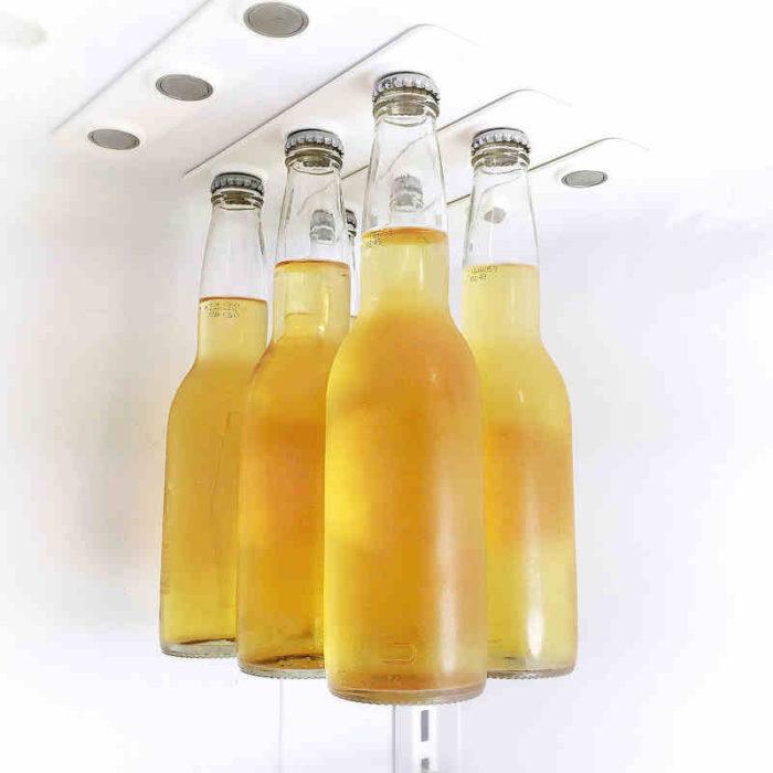 Умная магнитная вешалка для пивных бутылок